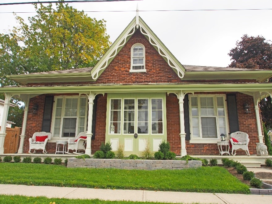 Regency Cottage Architectural Photos, Ontario
